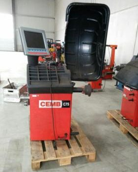 Gebrauchte Maschinen und Geräte für den Reifendienst
